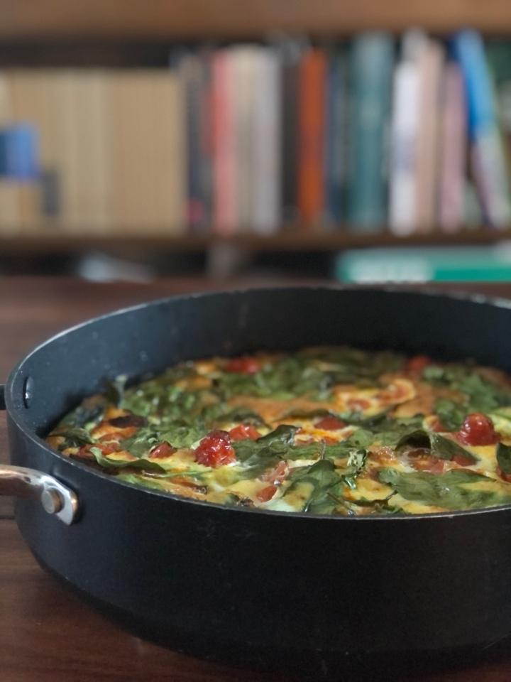 Frittata m. chorizo, ovnbagte kartofler og saftigetomater