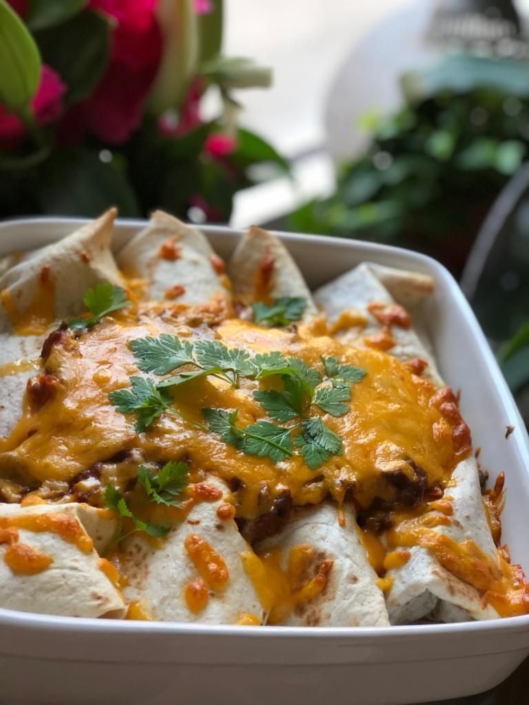 Lækre enchiladas I fad. Velbekomme!